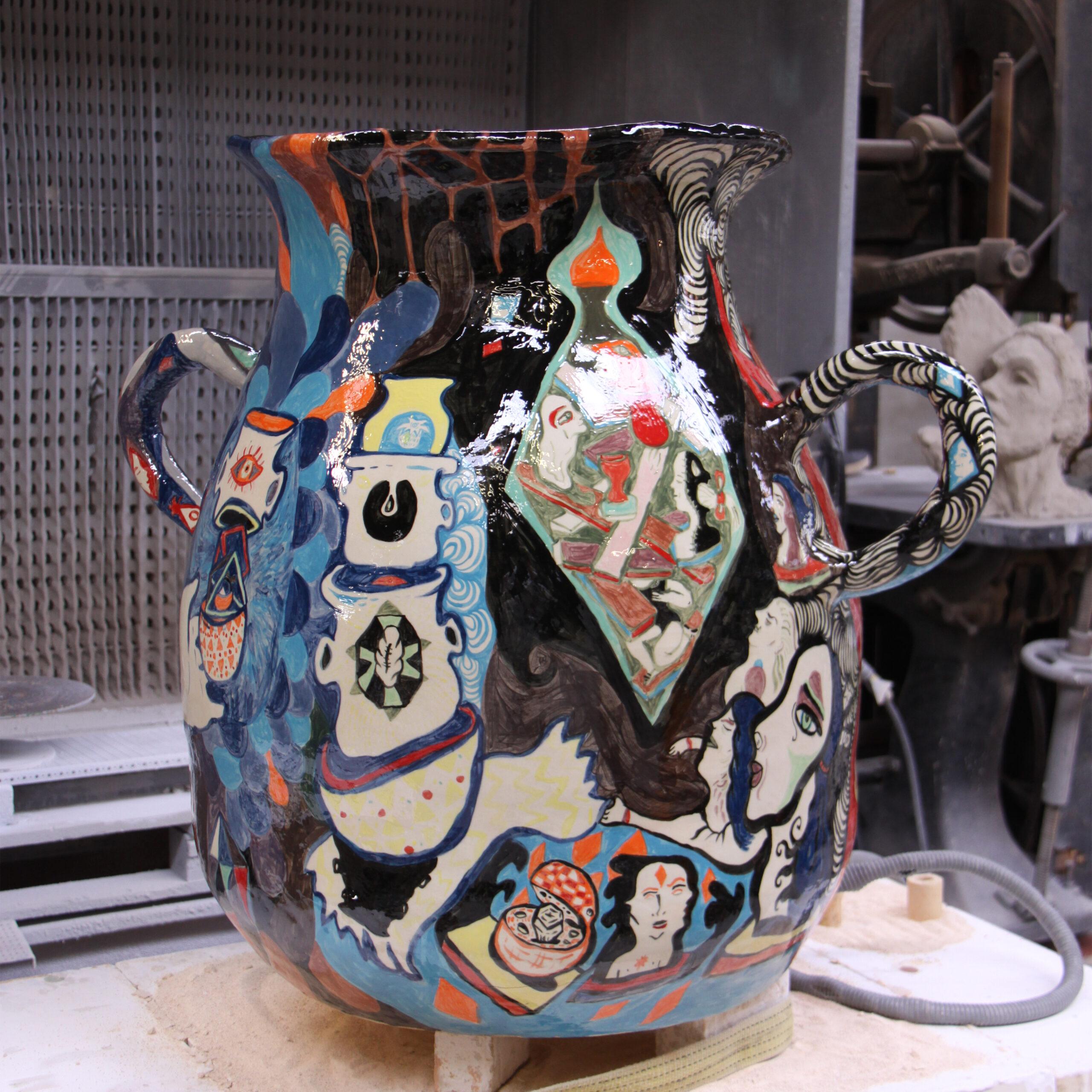 Ida Kvetny f. 1980 Krukke 1 m, fajance Tommerup keramiske værksted 2011